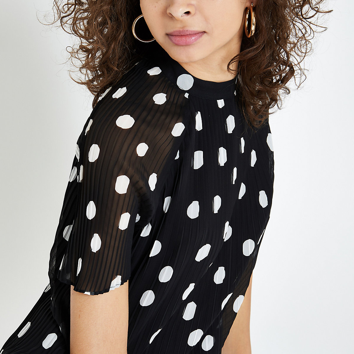 Black spot pleated swing dress