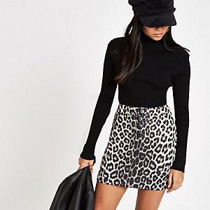 Petite grey leopard print button skirt