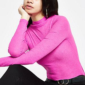 Haut côtelé en tissu brossé rose à col montant