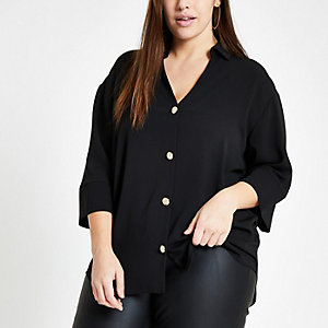 Plus – Schwarze Bluse mit Knopfleiste