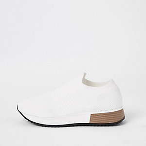 White knitted runner trainers