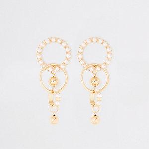Pendants d'oreilles dorés épais ornés de perles