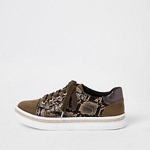 Kaki vetersneakers met slangenprint