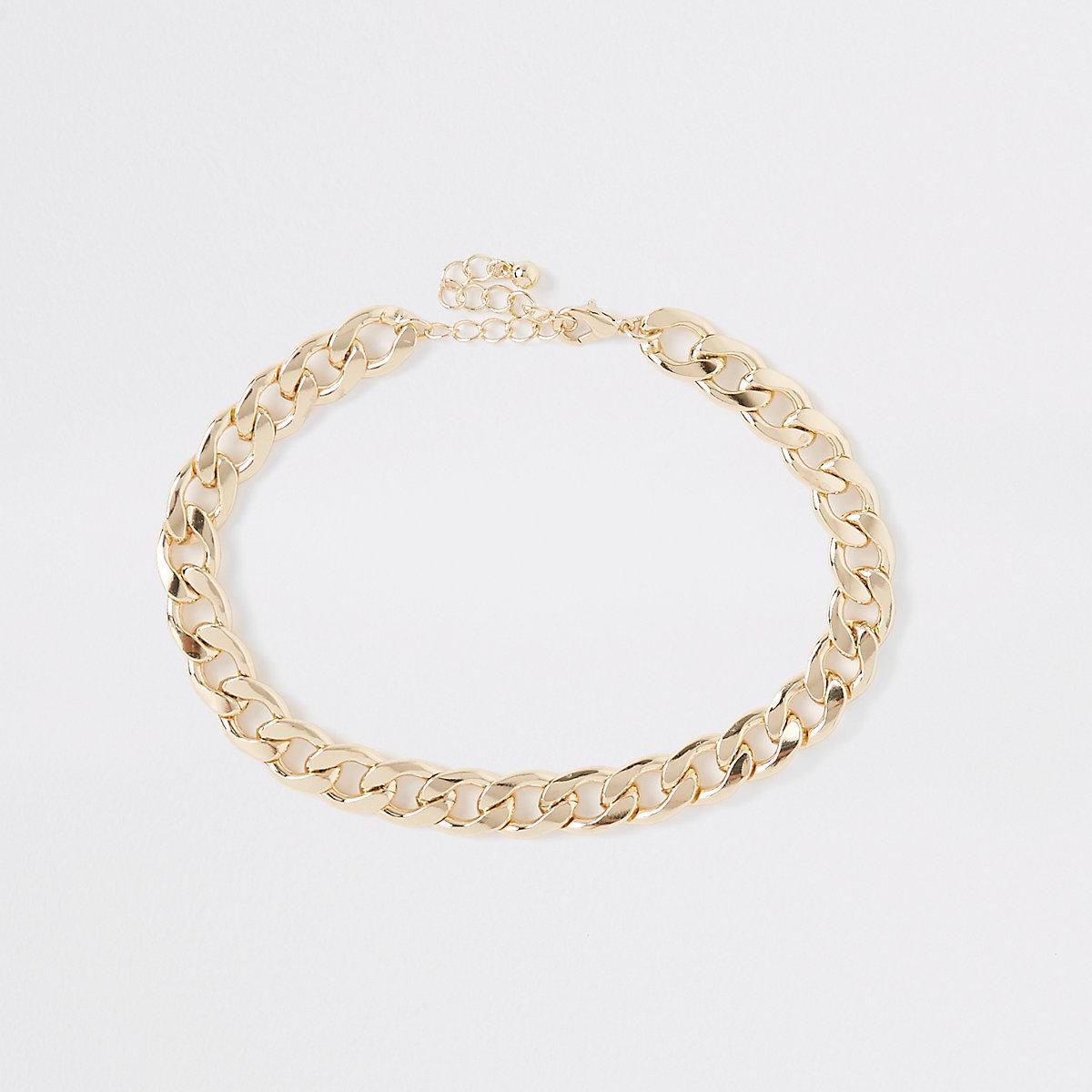 Gold tone chunky curb chain choker