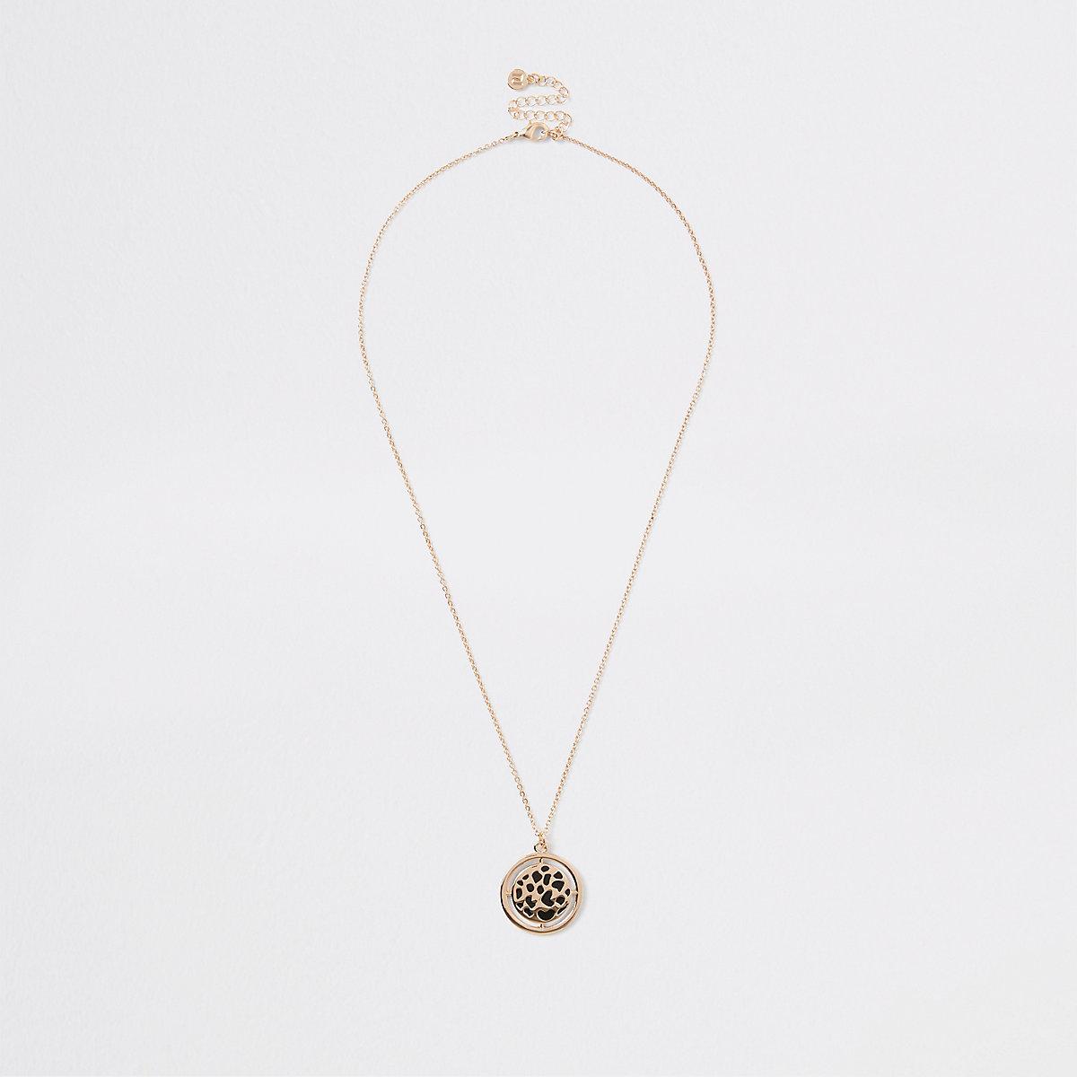 Gold tone leopard enamel print necklace