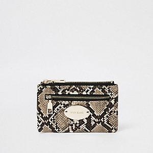 Beige mini-portemonnee met slangenprint en ovalen logo