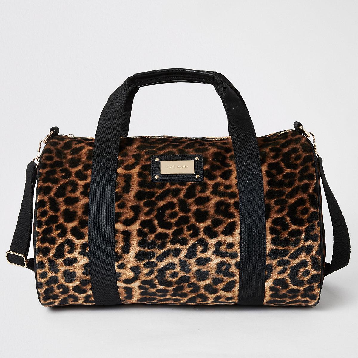 Beige leopard print weekend bag