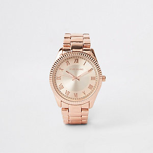 Rose gold color bracelet watch