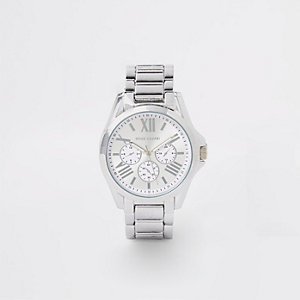 Silver color 3 dials bracelet watch