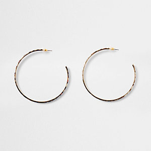 Gold tone leopard print hoop earrings