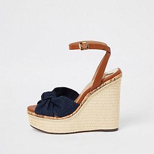 Chaussures à talons compensés avec nœud en denim bleu marine