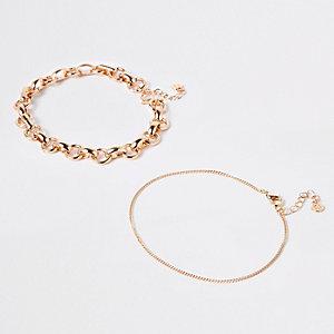 Lot de bracelets de cheville dorés épais