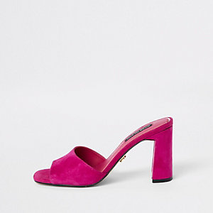 Sandales en daim rose façon mules