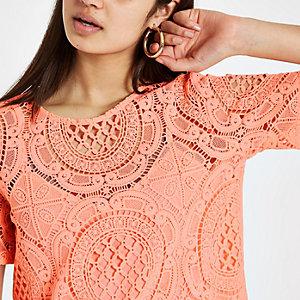 T-shirt ample en dentelle corail