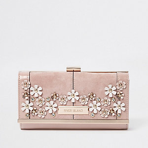 Pink 3D flower embellished clip top purse