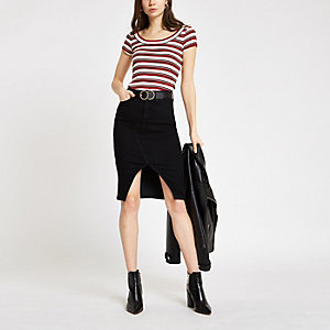 Red stripe scoop neck T-shirt