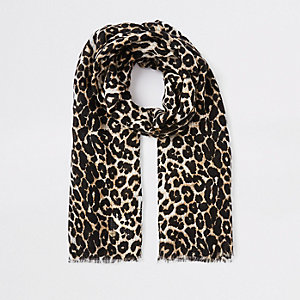 Bruine sjaal met luipaardprint