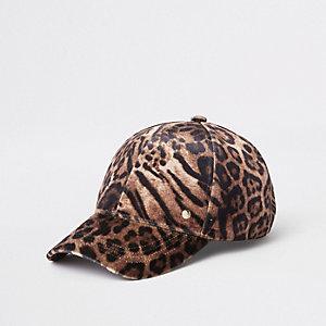 Bruine baseballpet met luipaardprint