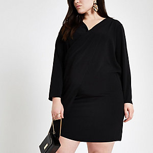 Plus – Robe portefeuille noire