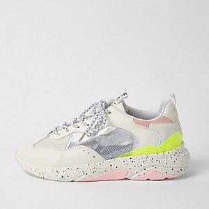 Witte vetersneakers met paneel van mesh