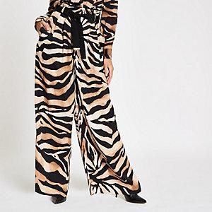Hose mit Tigerprint und weitem Bein