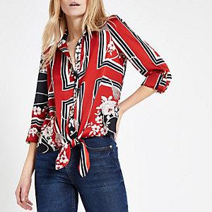 Rood overhemd met sjaalprint en strik voor