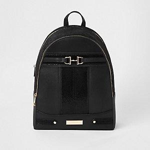 Black snake snaffle front backpack