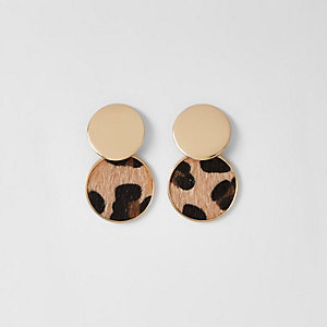 Gold tone leopard print circle drop earrings