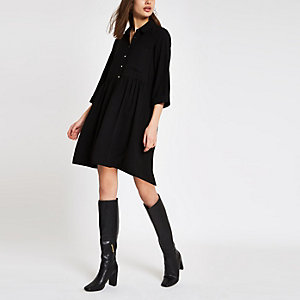 Schwarzes Mini-Blusenkleid