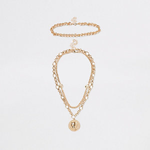Gold tone chunky chain lion pendant necklace
