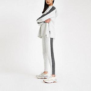 Pantalon en maille gris à bande