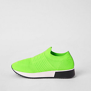 Sneakers in Hellgrün