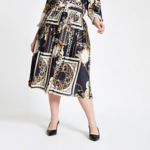 Plus navy baroque pleated skirt