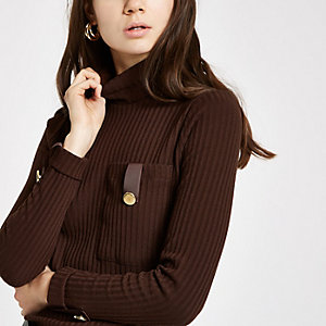 Brown pocket trim turtle neck top
