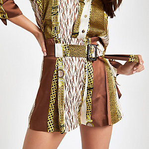 Petite brown chain print tie waist shorts