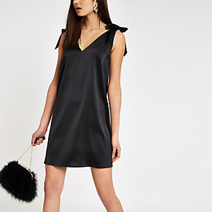 Black tie shoulder strap slip dress