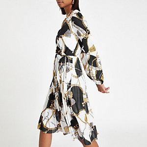 Weißes Kleid mit Kellerfalten und Print