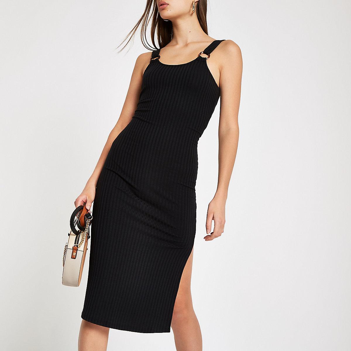 Black ribbed bodycon dress
