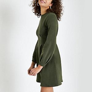 Kaki trui-jurk met lange mouwen