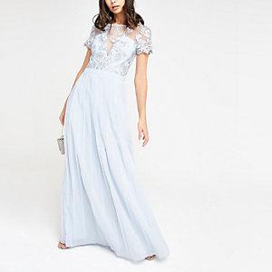 Chi Chi London - Lichtblauwe geplooide maxi-jurk