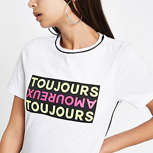 Wit T-shirt met korte mouwen en 'Toujours'-bies