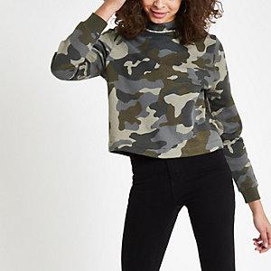 Kaki sweatshirt met camouflageprint en diamantjes langs de zoom