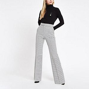 Pantalon évasé à carreaux blanc