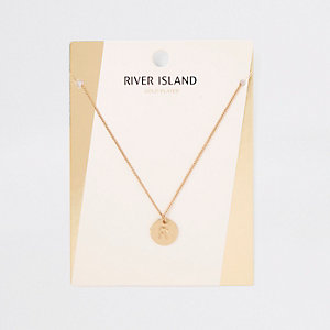 Gold plated 'R' engraved necklace