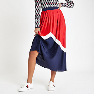 Red pleated chevron midi skirt