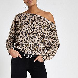 Bruine top met luipaardprint en vleermuismouwen