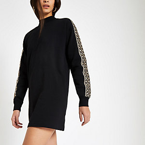 Zwarte trui-jurk met RI-logo en diamantjes langs de zoom