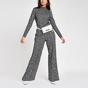 Black jacquard geo print trouser set