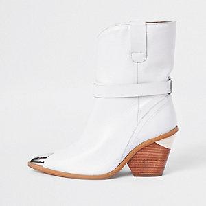 Bottines western en cuir blanches