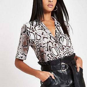Brown snake print short sleeve shirt